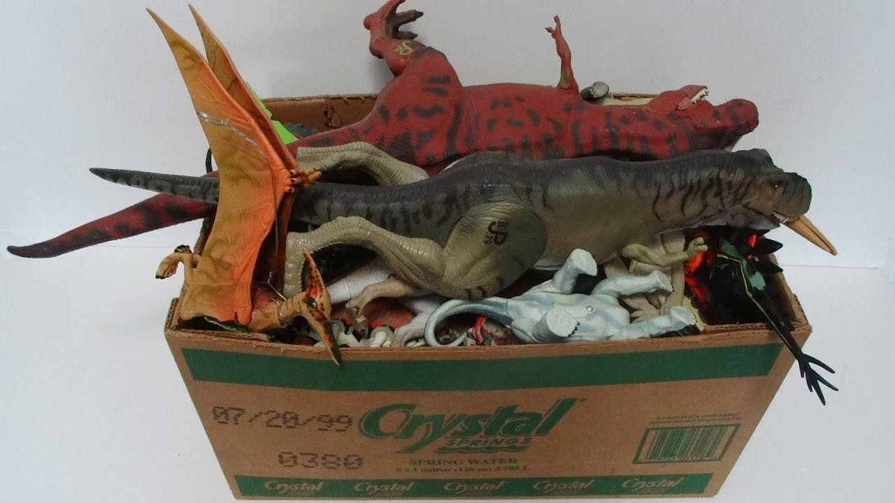What s in the box jurassic park toys dinosaurs action figures