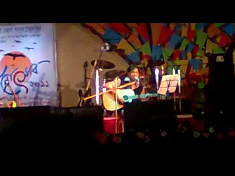 Anupam Roy (rondhre rondhre paap.mp4) live at behala