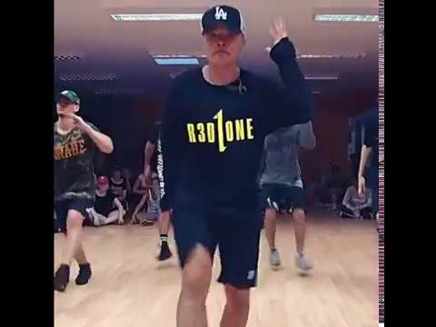 Вау,они так круто танцуют,супер!