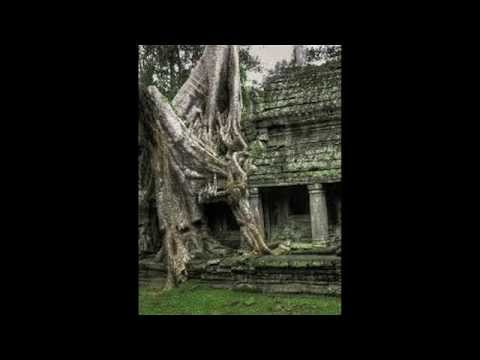 Angkor Wat Cambodia - visit Cambodia - Amazing places - Tourism places -  cambodia travel