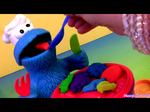 Chef Cookie Monster Eats Lightning McQueen PlayDoh Cars Disney Pixar Cookie Monster's Letter Lunch