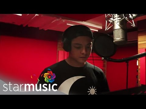 Daniel Padilla - Pangako Sayo (official Lyric Video) video