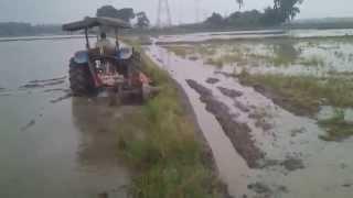 Tractor Batas Tempek Di Pmtg Kerai Kecil (Sabtu 11 10 2014)