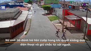 Xem nữ sinh tay không đánh đuổi tên cướp có súng