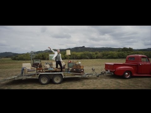 Macklemore & Ryan Lewis - Can't Hold Us Feat. Ray Dalton (official Music Video) video