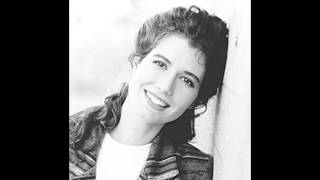 Watch Amy Grant All Right video