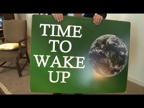US Senator reaches 100th speech in lonely climate change vigil
