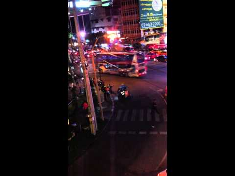 Thai Police Corruption Caught on Tape @ Asok BTS Soi Cowboy Bangkok Red Light District