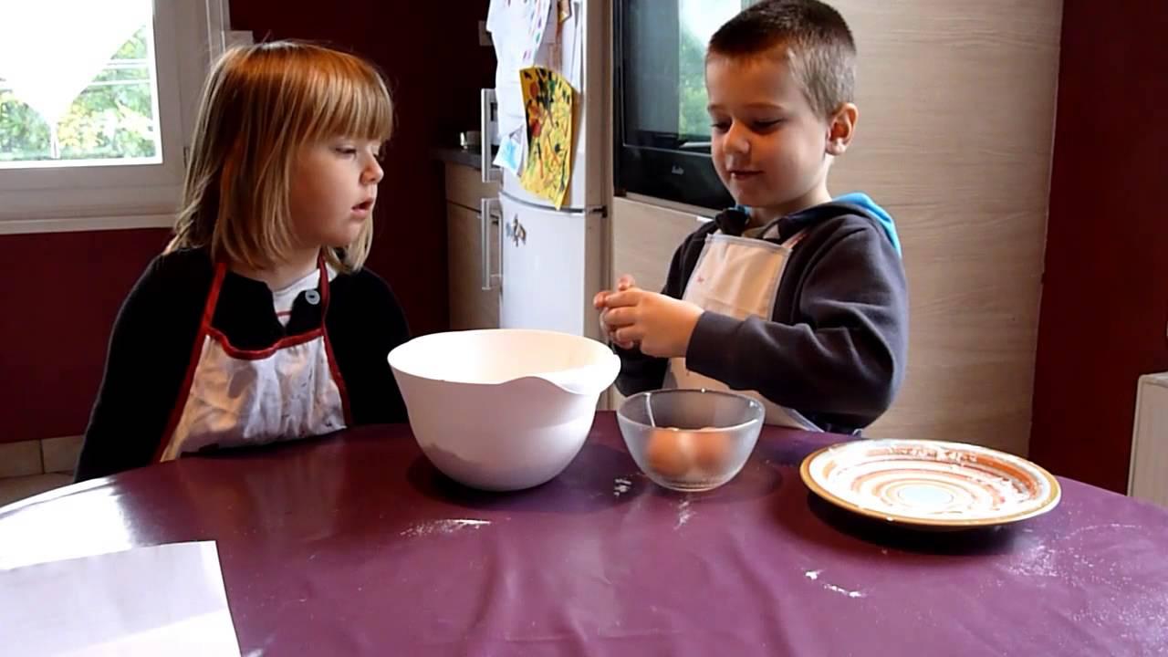 G teau au yaourt fait par des enfants youtube - Faire un gateau au yaourt ...