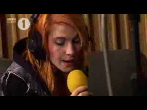 Paramore - Ignorance (acoustic) video