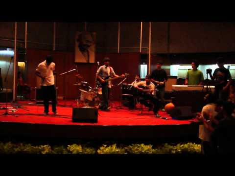 Yeh Chand Sa Roshan Chehra by Vindhyachal House IIT Delhi (Eastern...