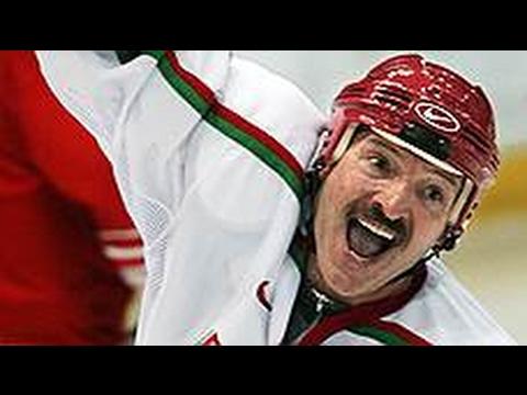 Трус не играет в хоккей. А Лукашенко играет!