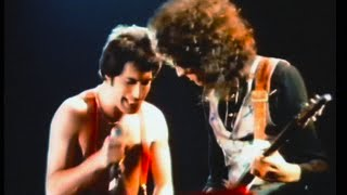 download lagu Queen - Now I'm Here Live In Munich 1979 gratis