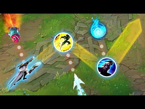 "Perfect ""Script Like"" Dodges - GODLIKE REFLEXES - League of Legends"