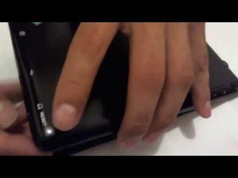 Como abrir la tapa de una tablet Polaroid
