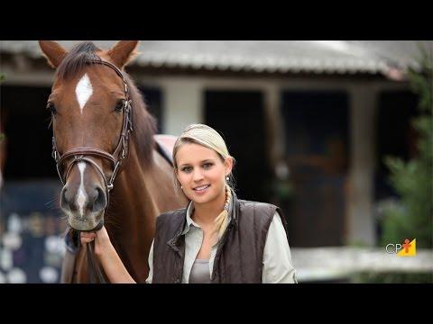 Clique e veja o vídeo Encabrestamento em Cavalos - Curso a Distância Doma Racional Interativa
