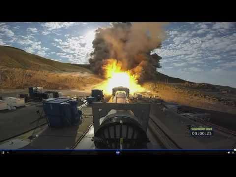 NASA Test-Fire Solid Rocket Booster for Megarocket