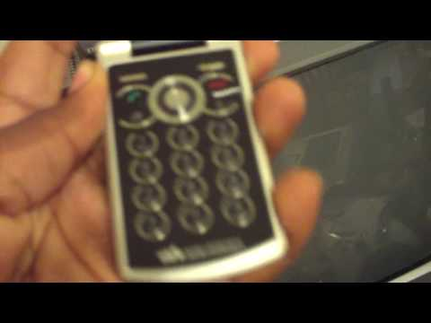 Sony Ericsson W518a unboxing (2)