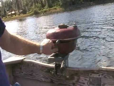 Running A 1948 Sea King Antique Outboard Youtube
