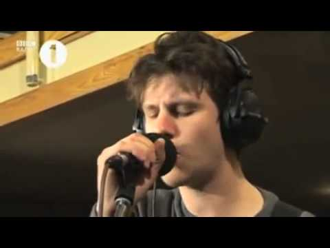 Jamie T - Stick 'N' Stones. Radio 1 Studio Session