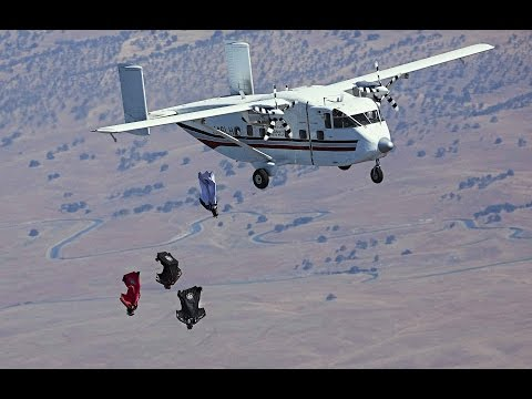 First-Ever Wingsuit 4 Cross Race - Red Bull Aces 2014