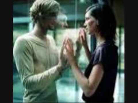 Salemtelak (i Gave U My Heart)-amr Diab (with  Arabic And English Lyrics) video