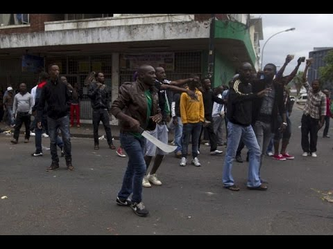 South African police fire rubber bullets as attacks on immigrant shops spread