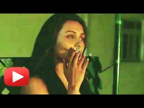 Shocking Rani Mukherji, Sushmita Sen Smoke In Real Life - Must Watch video