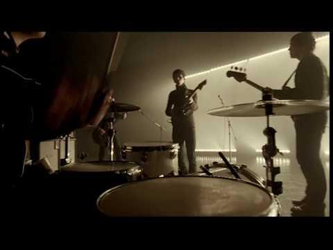 Arctic Monkeys - Brainstorm