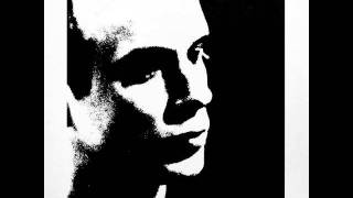 Watch Brian Eno Here He Comes video