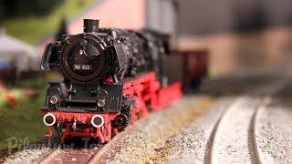 Pilentum's wereld van de modeltreinen: Een Duitse modelbaan op schaal H0 met sterke locomotieven