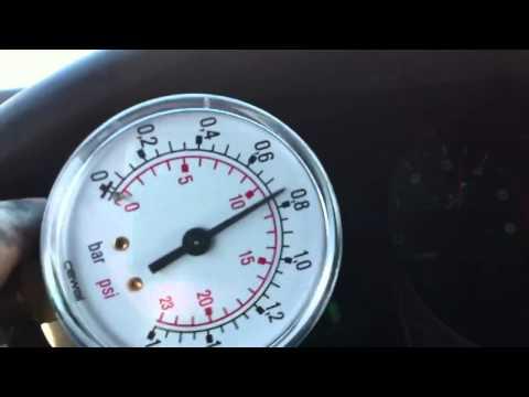 Turbo de Mitsubishi montero soplando 0.8 bar
