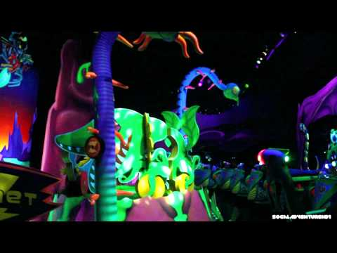 Buzz Lightyear Astro Blasters Full HD Ride-Through - POV - Disneyland