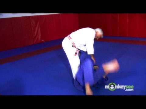 Basic Judo - Trips and Throws to the Front Image 1