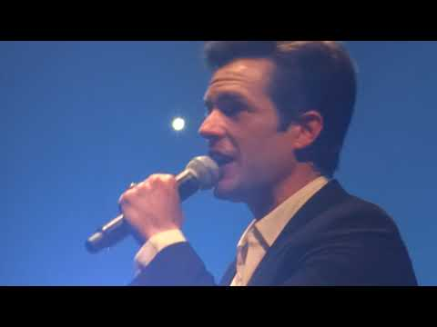 The Killers - Romeo And Juliet (Cover) - London, UK - Nov 27 2017