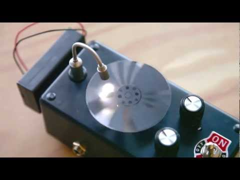 Weekend Projects - Optical Tremolo Box