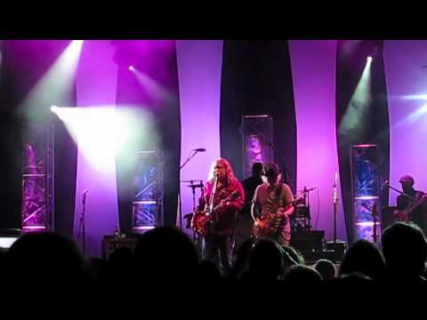 Warren Haynes Band feat. Brad Whitford Feel Like Breaking Up Somebody's Home (Wed 5 12 11)