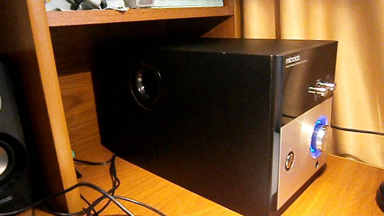 microlab m880.