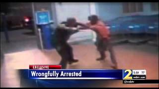 Walmart Cop Beats Man With Baton And Breaks His Leg After Falsely Accusing Him Of Stealing A Tomato!