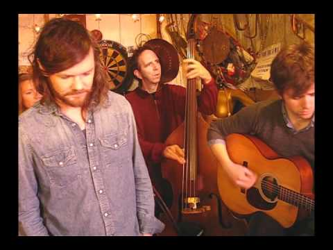 Roddy Woomble - Roll Along - Songs From The Shed Sesssion