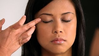 How to Use Eye Primer | Asian Makeup