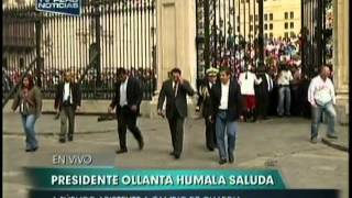 Humala Sale A Saludar A Nios Y Le Reclaman Por Nadine
