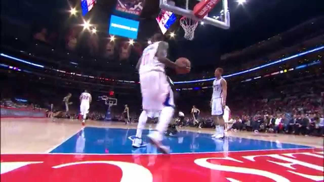 Ginobili Finds Tim Duncan with a Terrific Bounce Pass
