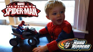Ultimate Spider-Man Road Rippers Rumble to the Rescue ATV Toy Unboxing with Co-Star Spencer!