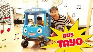 Đập Hộp và Lắp Ráp Xe Bus Tayo – Bé Bắp Chơi Đồ Chơi Trẻ Em Ô tô Bus ♥ CreativeKids ♥
