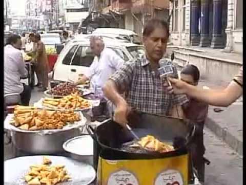Faisal Durrani ( FOOD STREET GWALMANDI )( Kasur Kis Ka )