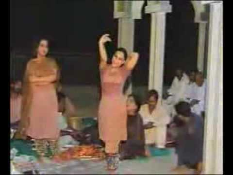 SCANDLE,THATTA PAKISTAN ,MUJRA DANCING IN SHERAZY ELECTION,