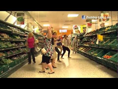 Zumba Lou Lou Tesco Flash Mob, Pitbull - Pause video