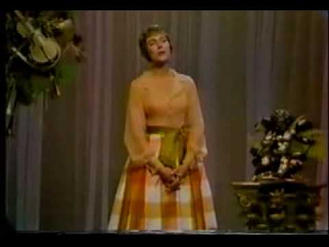 Julie Andrews - Sound Of Music Medley