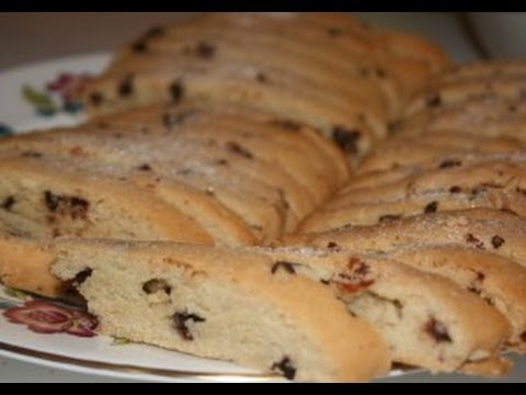 Cooking with Maw Kitty, Chocolate Chip Mandelbread
